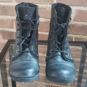 GUESS Womens Combat Boots